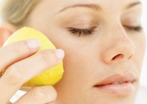 Limone contro le rughe