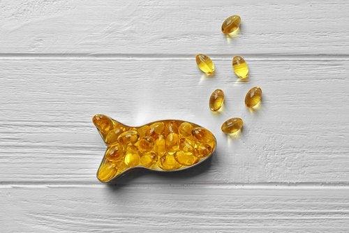 Olio di pesce in vaschetta a forma di pesce
