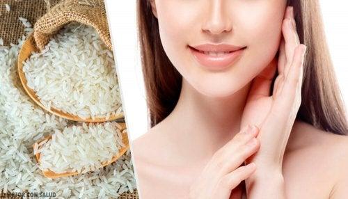 Pelle invidiabile con esfolianti al riso