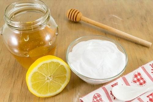 Trattamento con bicarbonato di sodio e miele