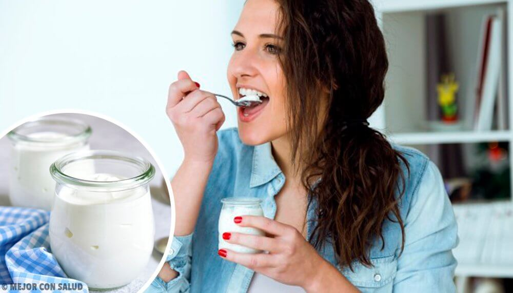 Yogurt greco: benefici e differenze rispetto allo yogurt normale