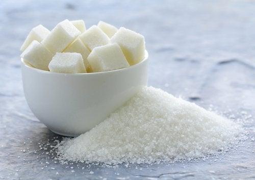 Tazza con zucchero