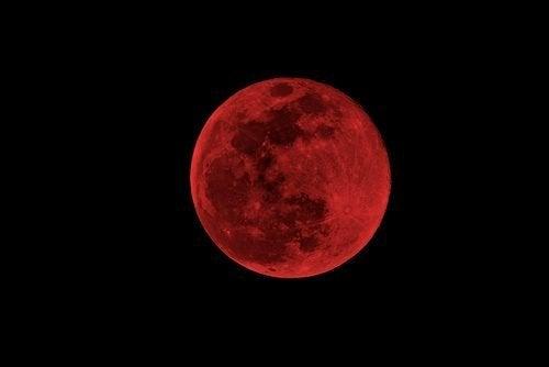 Luna di sangue