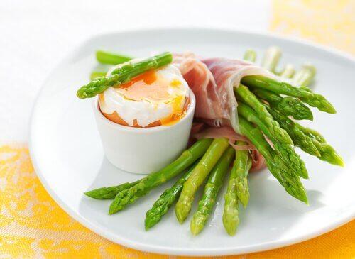 Benefici degli asparagi per la salute