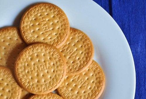 Biscotti secchi per la charlotte al limone