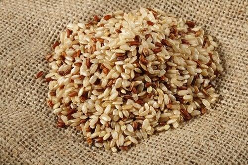 i cereali andrebbero consumati con moderazione