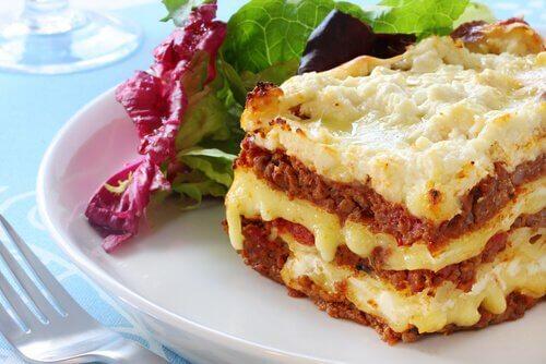 2 semplici modi per preparare le lasagne