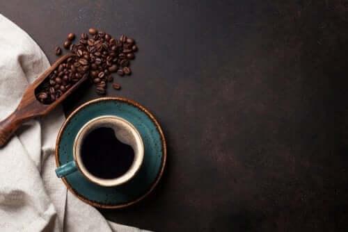 Bere caffè: aspetti positivi e negativi