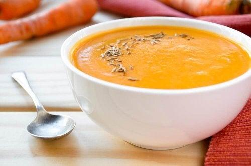 Vellutata di carote e curcuma