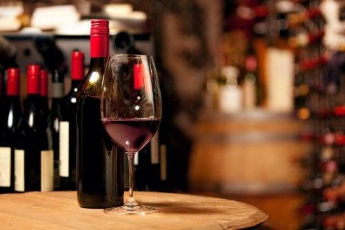 Vino rosso per proteggere il cuore