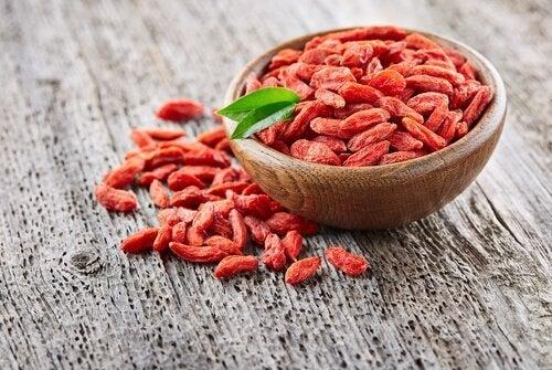 Alimenti ricchi di fibre: bacche di Goji