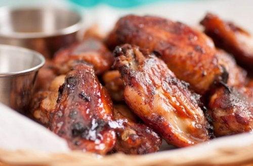 Alette di pollo piccanti, come prepararle