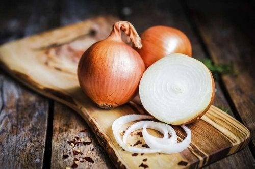 la cipolla è un alimento medicinale dalleproprietà molto benefiche