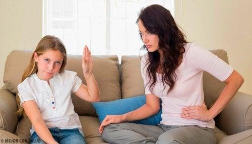 Figli ribelli: cosa fare e come controllarli?