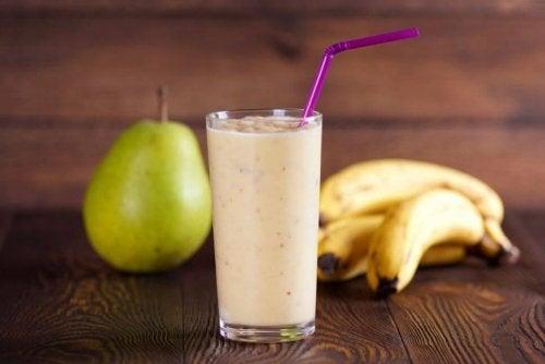 Frullato di banana e pera