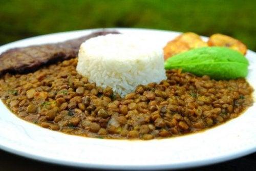 Lenticchie con riso e carne