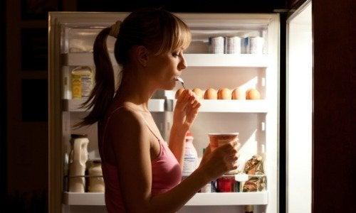7 alimenti da evitare a cena