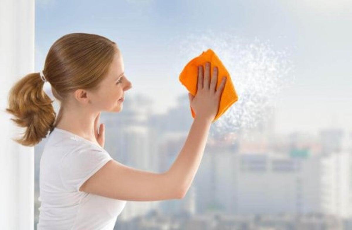Pulire I Vetri Con Aceto 6 trucchi per pulire le finestre - vivere più sani