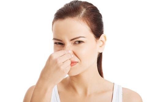 Se non ci laviamo emaniamo cattivo odore