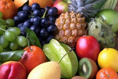 Frutta e verdura dieta per i calcoli biliari