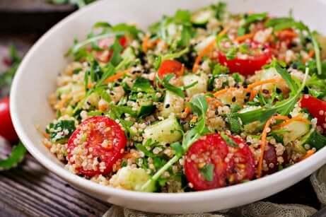 Insalata con quinoa.