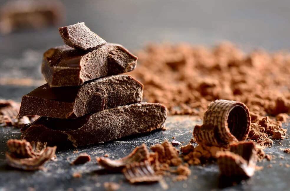 Mangiare il cioccolato fondente per inaspettate ragioni