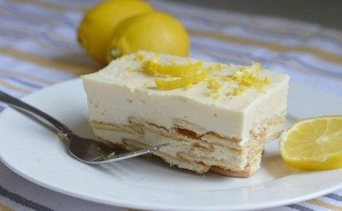 Dessert al limone e carota.