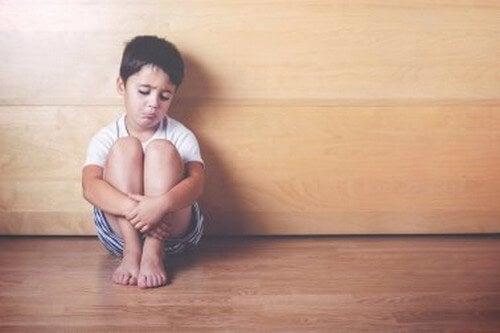 Segni di carenza affettiva nei bambini