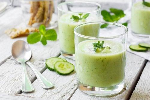 Benefici del succo di cetriolo