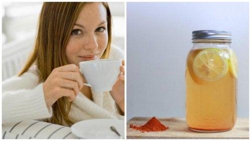 Acqua e limone con curcuma, benessere per il corpo