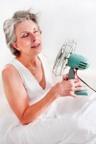 Menopausa: rimedi naturali efficaci per trattarla