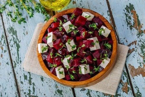 Insalata di barbabietola: deliziosa ricetta
