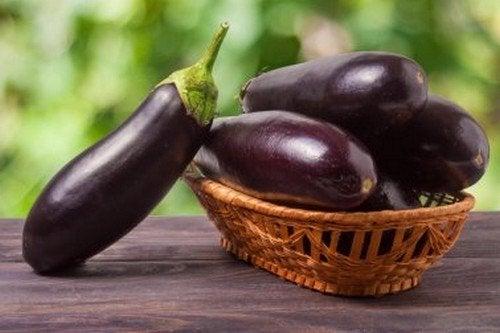 Bucce di melanzana per ridurre il colesterolo