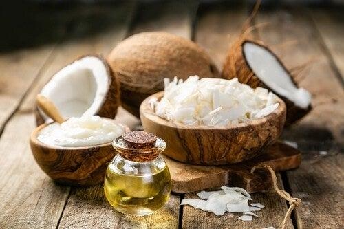 Olio di cocco a caldo