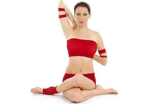 Alleviare il dolore cervicale con 3 posizioni yoga