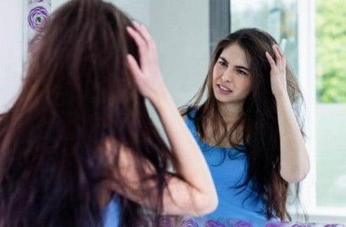 Evitare i capelli crespi: soluzioni rapide