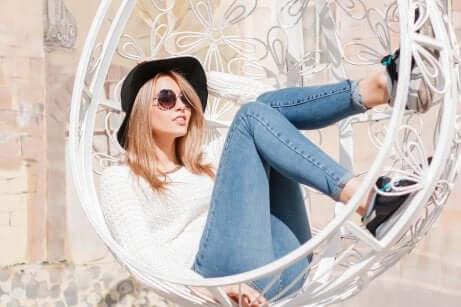 Nascondere la pancia con i jeans