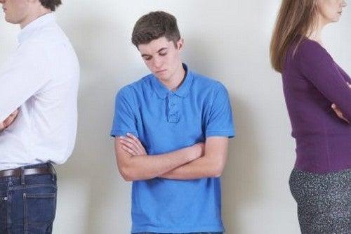 Sbalzi di umore nell'adolescenza: cause e rimedi