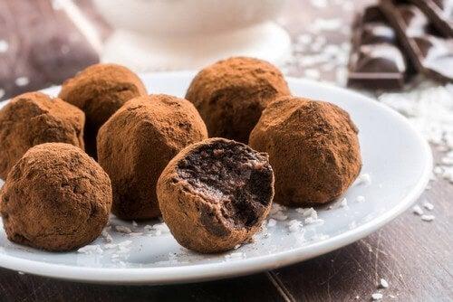 Tartufi al cioccolato: ecco una ricetta facile