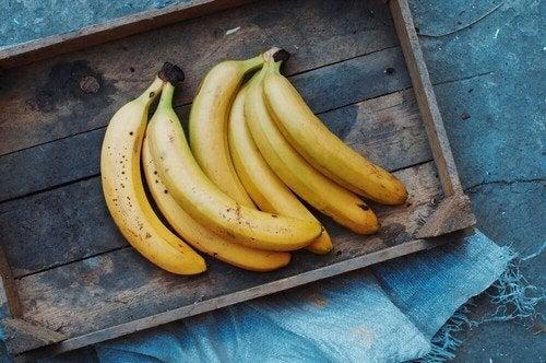 Maschere alla banana, 5 ricette per la pelle e i capelli