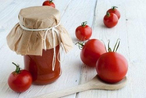 Come fare la conserva di pomodori e perché?