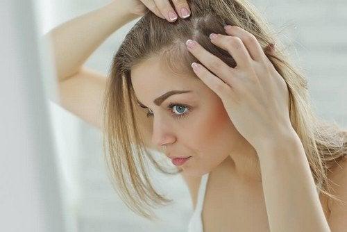 Dolore al cuoio capelluto: 6 possibili cause