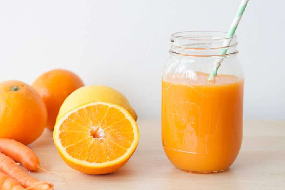 Frullato di carote e arance