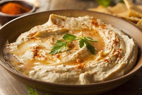 Hummus: ecco una ricetta facile e ultra leggera