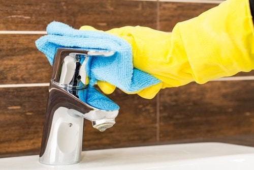 Lavare i rubinetti