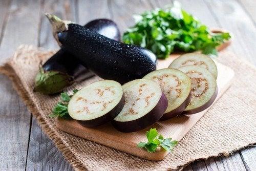 Melanzane impanate: ricetta semplice e gustosa