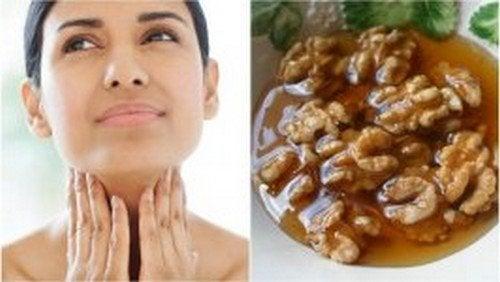 Salute della tiroide: trattamento a base di miele e noci
