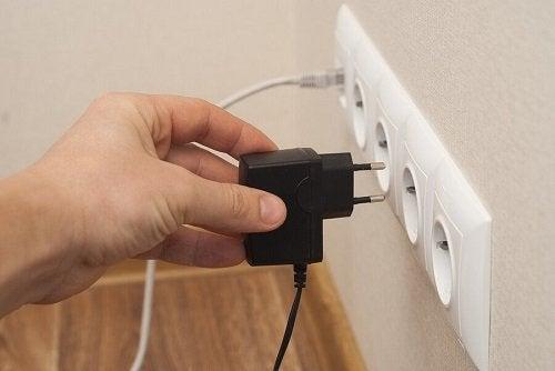 Sprecare elettricità: 10 modi per evitarlo