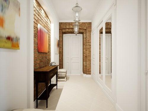 Consigli per arredare i corridoi di casa vivere più sani