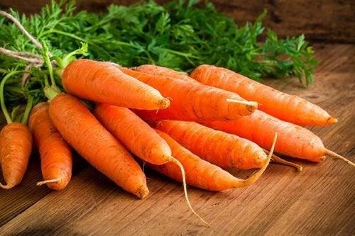 ricetta della torta di carote